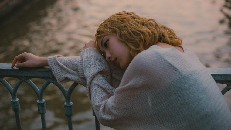 girl_depressed
