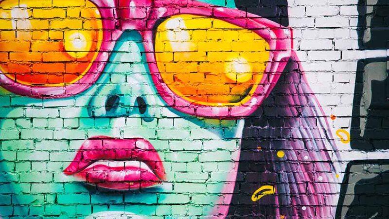 graffiti-wall-1209761_1920